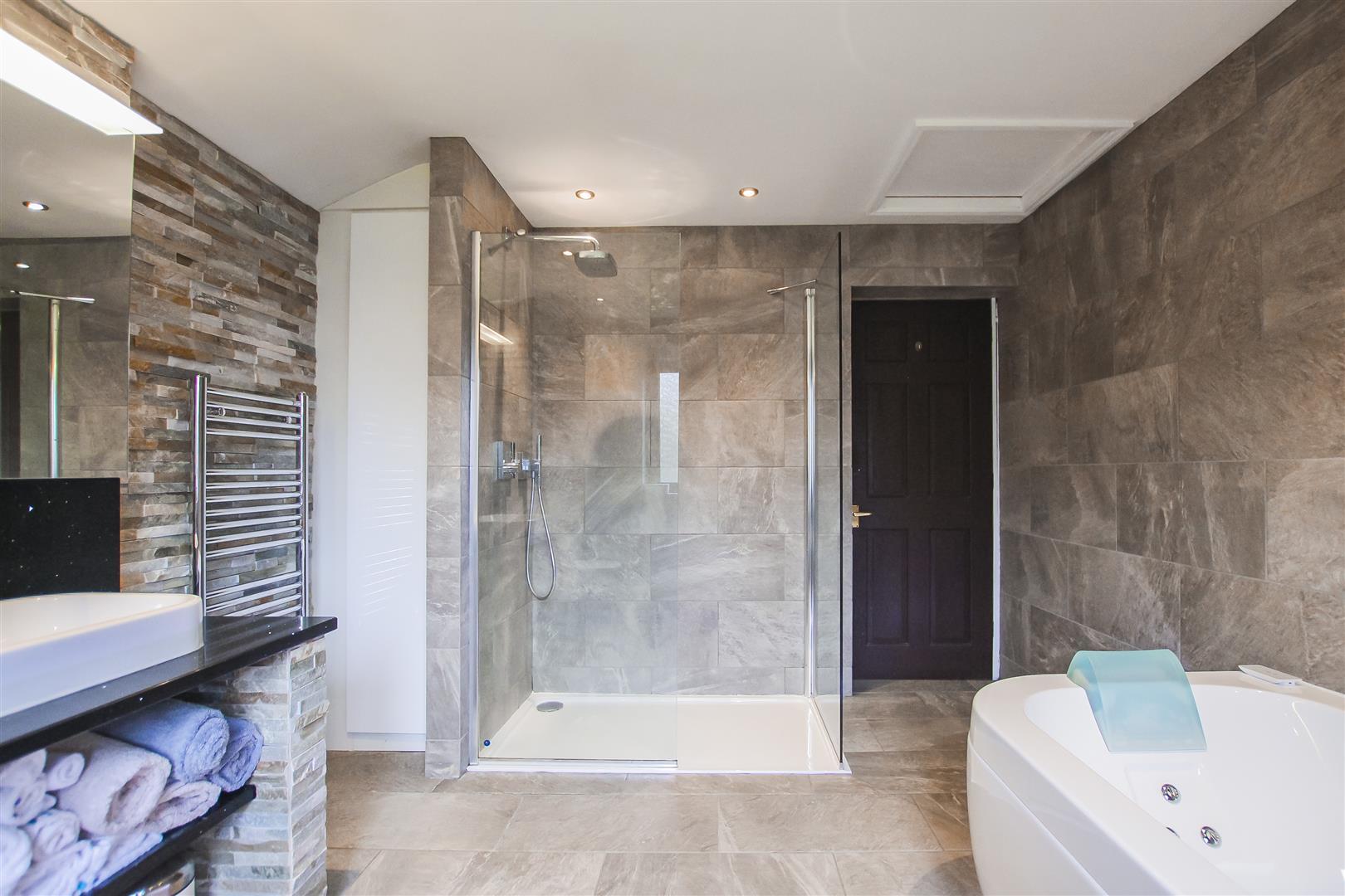 3 Bedroom Terraced Cottage For Sale - Image 42